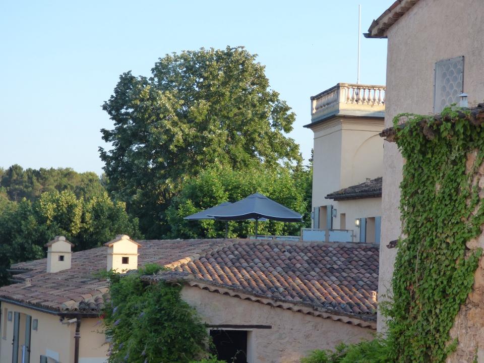 Un dernier dîner 6 mains et une terrasse d'été au Château de la Bégude à Opio!