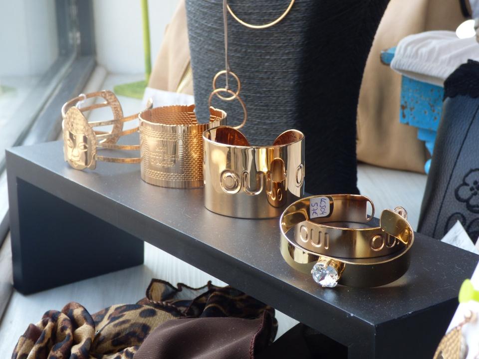 Shopping: des bijoux qui sentent bon les vacances d'été!