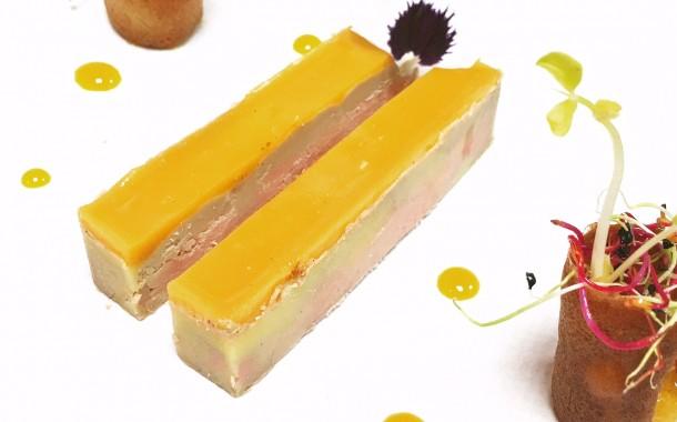 Foie Gras mi- cuit et déclinaison de mangue et tuiles de pain d'épices