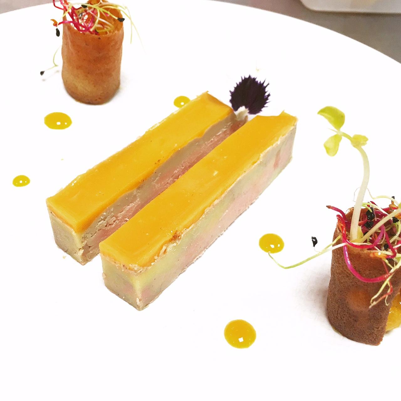 Foie gras mi cuit et d clinaison de mangue et tuiles de pain d pices actu - Dosage sel et poivre pour foie gras ...