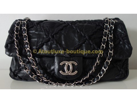 sac-chanel-timeless-cuir-noir-gm