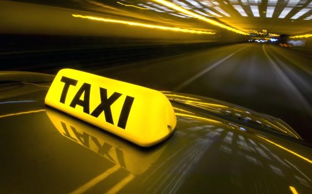 Devenir chauffeur de taxi sur la Côte d'Azur !