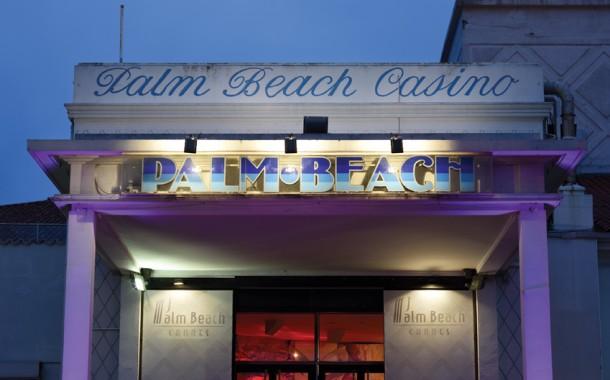Cannes | 150 artistes rendent hommage au Casino Palm Beach : Une exposition à découvrir !