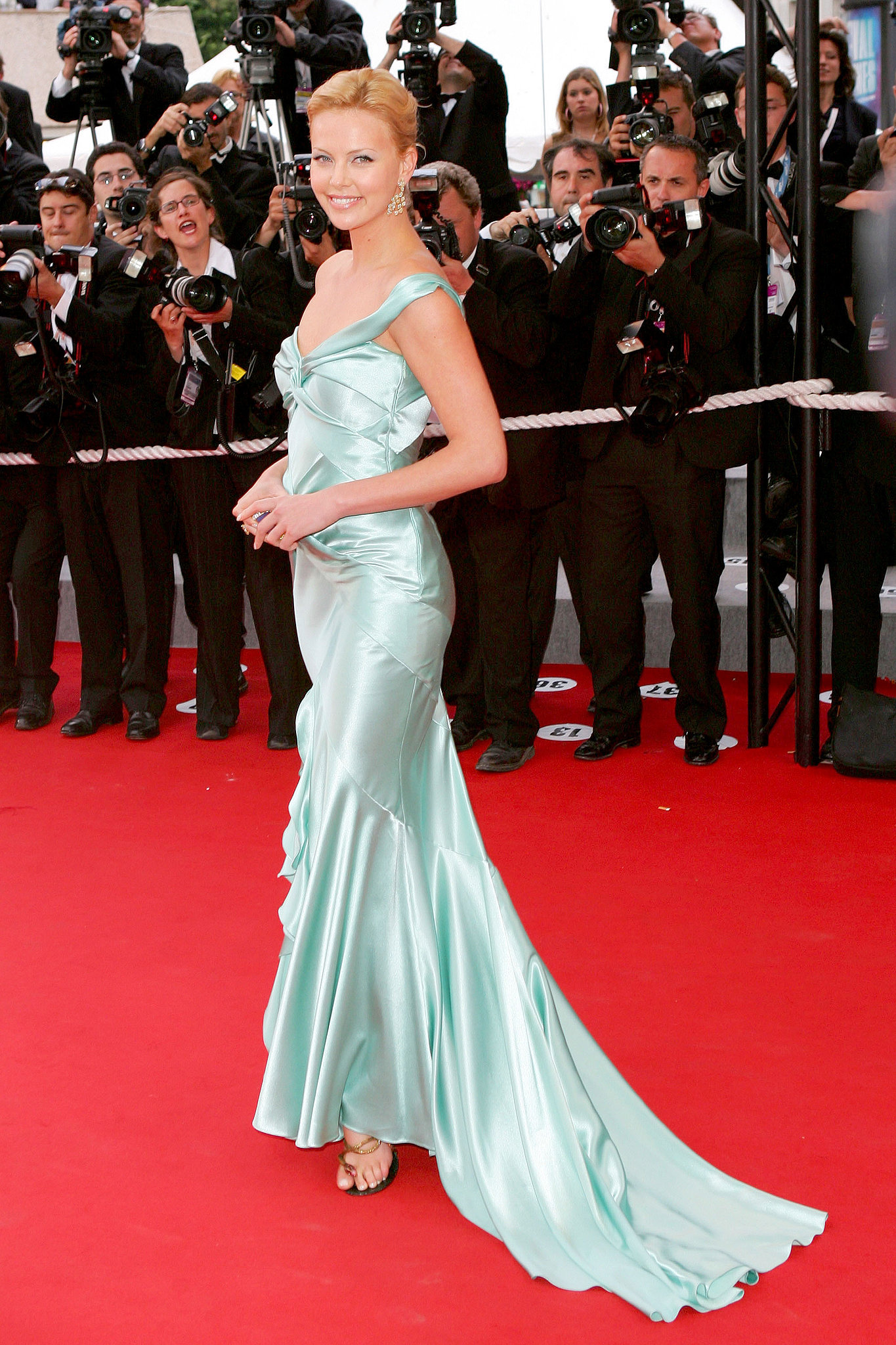 Charlize-Theron-wore-seafoam-Christian-Dior-gown-2004