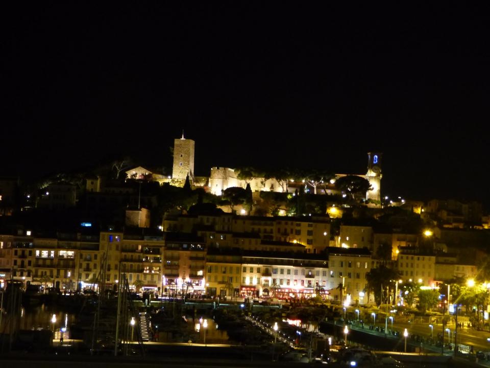 Cannes_suquet_nuit