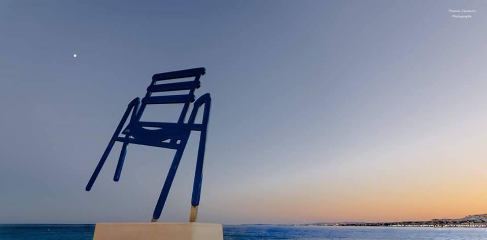 chaise-bleue