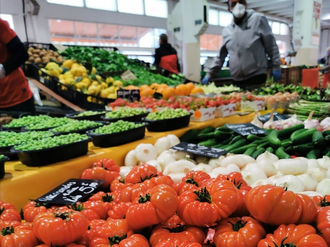 marche-forville-cannes-tomates