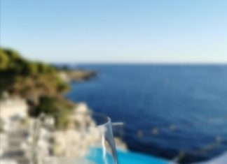 eden-roc-champagne