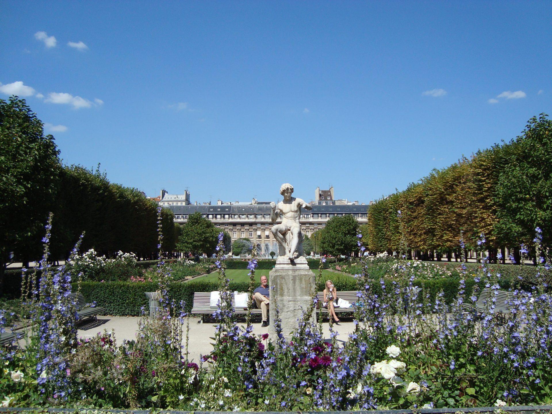 Jardins_du_Palais_Royal (1)