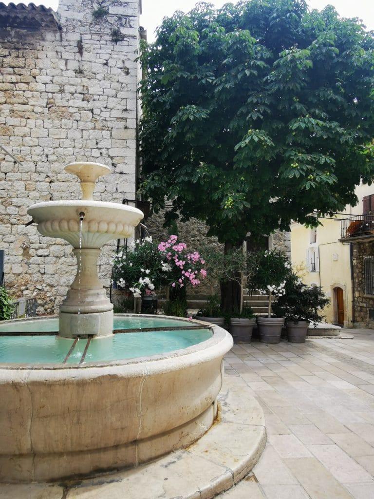 saint-jeannet-fontaine