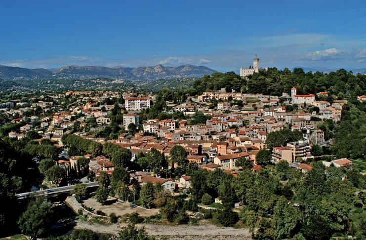 village-villeneuve-loubet