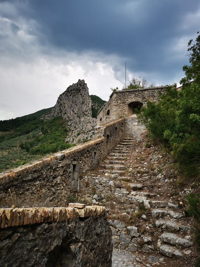 citadelle-entrevaux-1